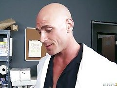 Johnny Sins explores the depth be advisable for philandering Kianna