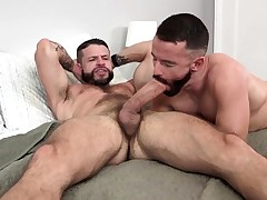 MANALIZED Brendan Patrick Jizzes While Hung Stud Pokes Him